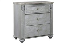 B357 Three Drawer Nightstand (Zolena)