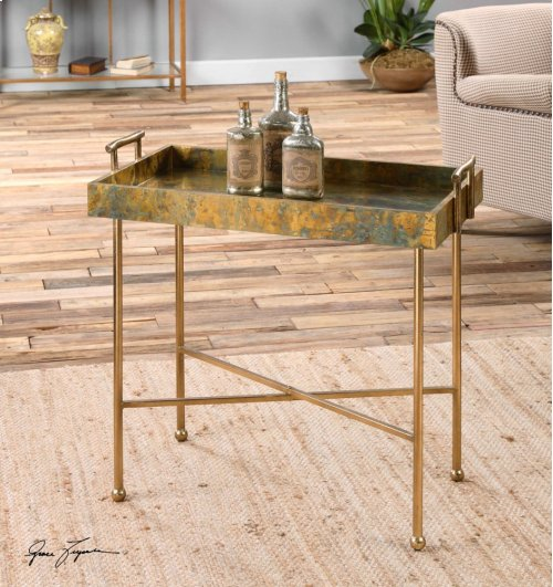 Couper Tray Table