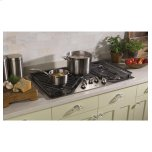 "Ge(r) 36"" Built-In Gas Cooktop With 5 Burners And Dishwasher Safe Grates"