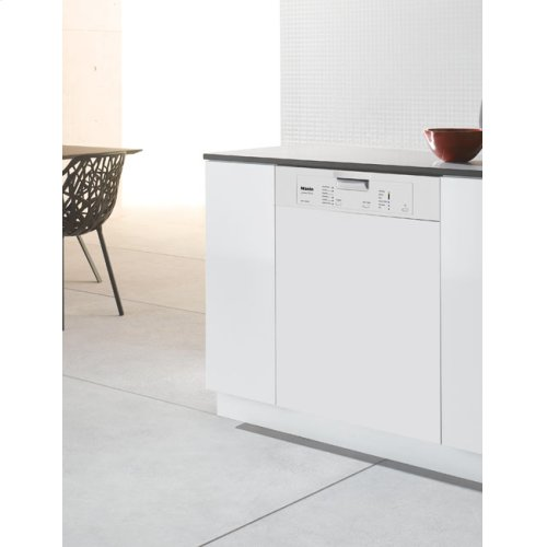 Prefinished, Full-size Dishwasher