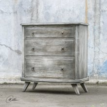 Jacoby, Accent Chest