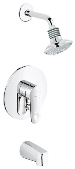 Grohe Starlight Chrome Pressure Balance Valve Bath Combination Product Image