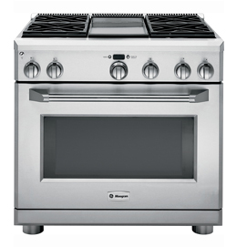 "36"" Professional Range with 4 Burners and Griddle"