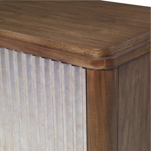 Flux 4 Door Cabinet