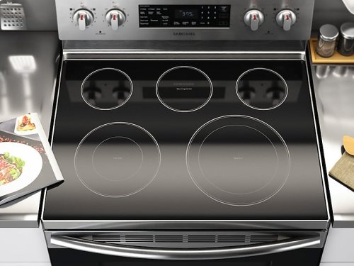 HOT BUY CLEARANCE!!! 5.9 cu. ft. Freestanding Electric Range with Warming Center