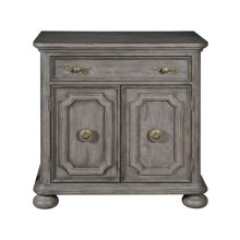 Simply Charming Bed Chest