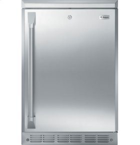"24"" Outdoor/Indoor Refrigerator"