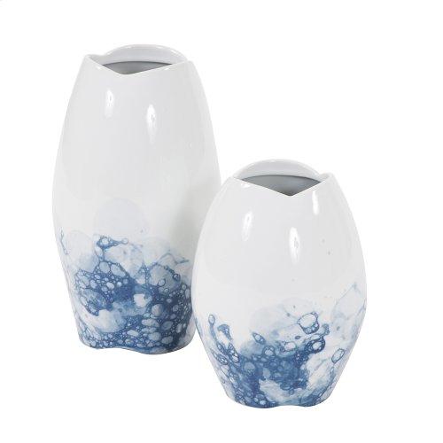 Blue and White Porcelain Scalloped Vase, Small