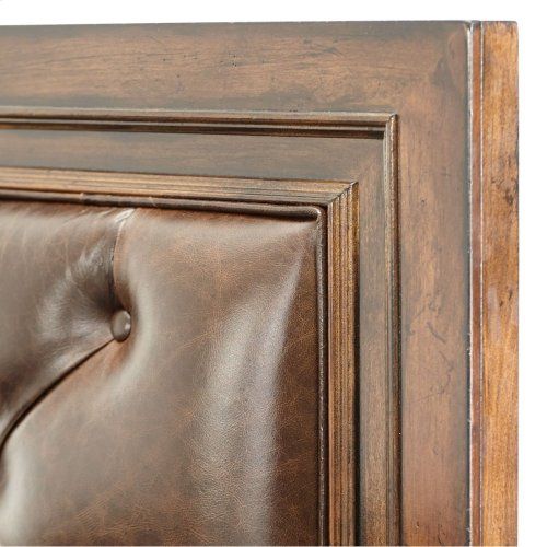 Queen Panel Bed W/leather Tufted Headboard