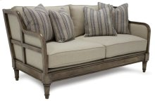 Living Room Goose Creek Loveseat 7047-003