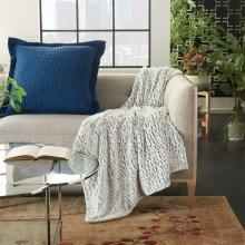 "Fur Hf007 Blue White 50"" X 60"" Throw Blanket"