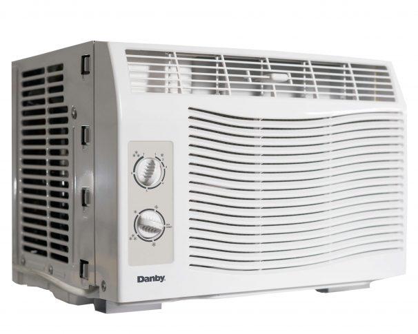 Window White DAC050MB1WDB Danby 5,000 BTU Window Air Conditioner ...
