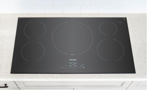 36-Inch Masterpiece® Induction Cooktop, Black, Frameless