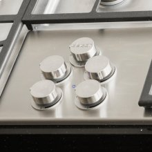 """Distinctive 46"""" Gas Cooktop,, in Black with Natural Gas"""