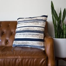 Zander Pillow - Navy / Large
