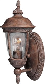 Knob Hill Cast 1-Light Outdoor Wall Lantern