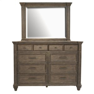 A America 8-Drawer Dresser