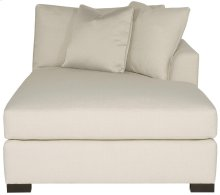 Adriana Right Arm Chaise in Mocha (751)