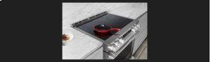 30-inch Electric Slide-In Oven Range