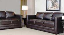 1095 Loveseat