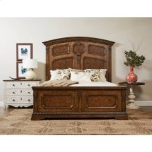 Thoroughbred Chamber Panel Bed - Toast / Queen