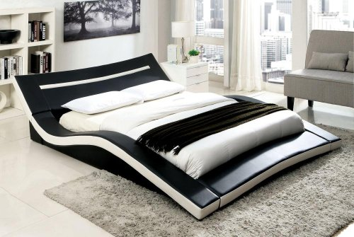 Queen-Size Zelina Bed