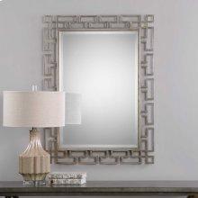 Agata Mirror