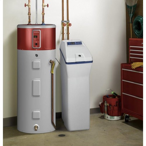 GE® 31,100 Grain Water Softener and Filter In One