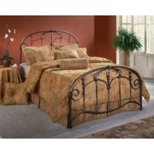 Jacqueline Queen Bed Set