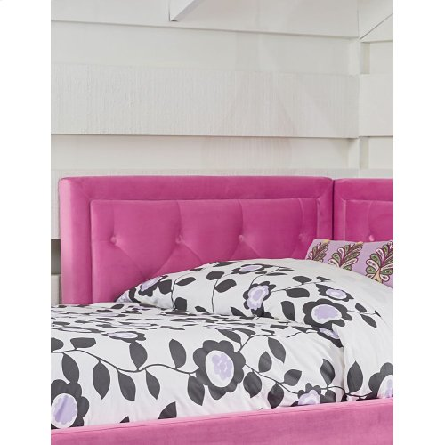 Avery Pink Corner Daybed with Trundle