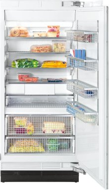 F 1903 Vi MasterCool freezer with high-quality features and maximum storage space for increased convenience.