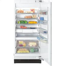F 1903 SF MasterCool freezer with individual water and ice cube supply thanks to integrated IceMaker.