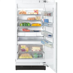 MieleF 1903 SF MasterCool freezer with individual water and ice cube supply thanks to integrated IceMaker.