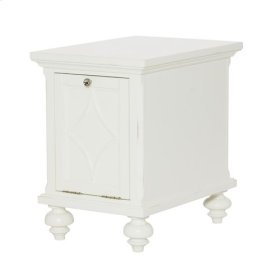 Lynn Haven Chairside Table