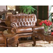 Victoria Traditional Tri-tone Loveseat
