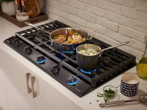 "36"" Gas Chef Collection Cooktop with 22K BTU Dual Power Burner (2016)"