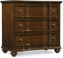 Leesburg Bachelor's Chest