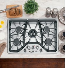 "( FLOOR MODEL DISCONTINUED) GE Cafe™ Series 30"" Built-In Gas Cooktop"