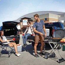 TravelQ 285 in Blue with Scissor Cart