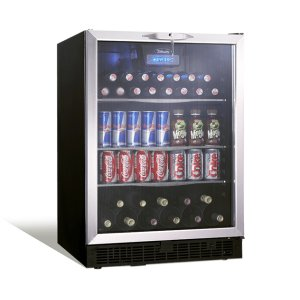 "SilhouetteRicotta 24"" single zone beverage center."