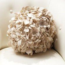 Komaki Ball Pillow-Ivory