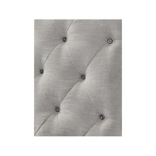Cute-as-a-Button Queen Sleigh Bed
