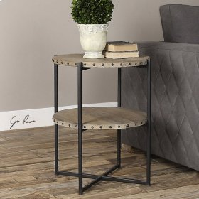 Kamau, Accent Table