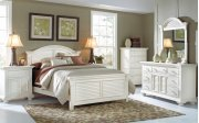 Cottage Traditions Master 5-0 Panel Bed Product Image