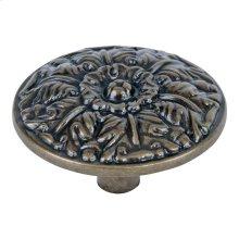 Hammered Medallion Knob 1 1/2 Inch - Burnished Bronze