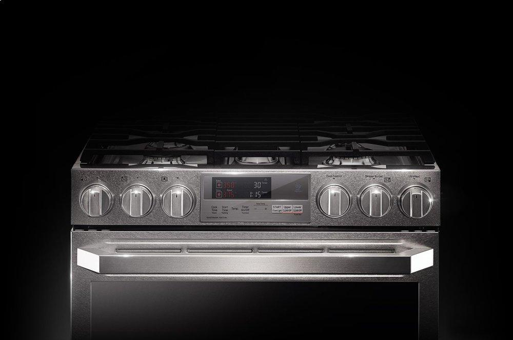 LG SIGNATURE 7.3 cu.ft. Smart wi-fi Enabled Dual Fuel Double Oven Range with ProBake Convection(R)