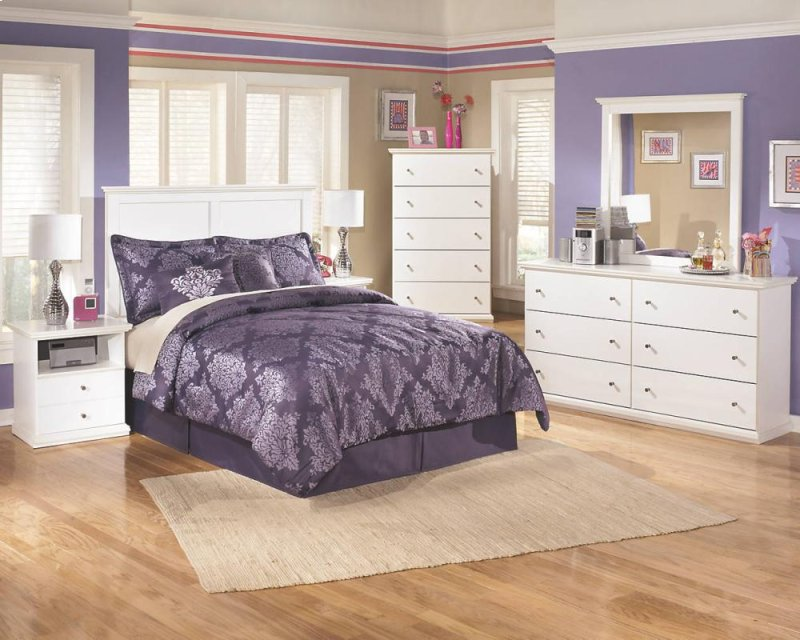 Bostwick Shoals White 9 Piece Bedroom Set Hidden