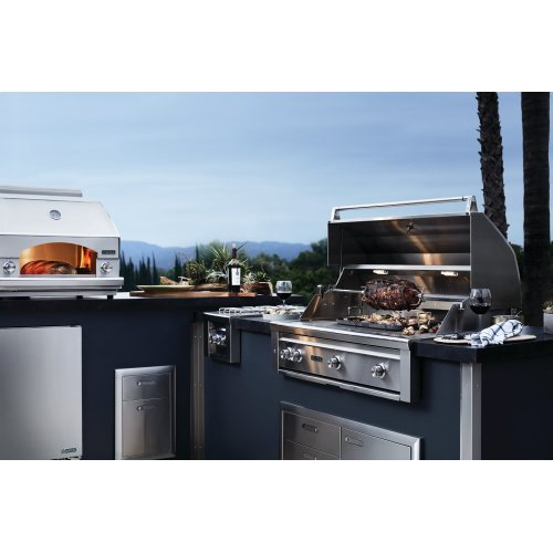 """27"""" Lynx Professional Built In Grill with 1 Trident and 1 Ceramic Burner and Rotisserie, LP"""