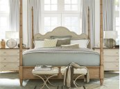 Maison Poster Bed (Queen)