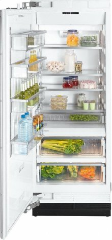 K 1813 SF MasterCool refrigerator with high-quality features and maximum storage space for fresh food.